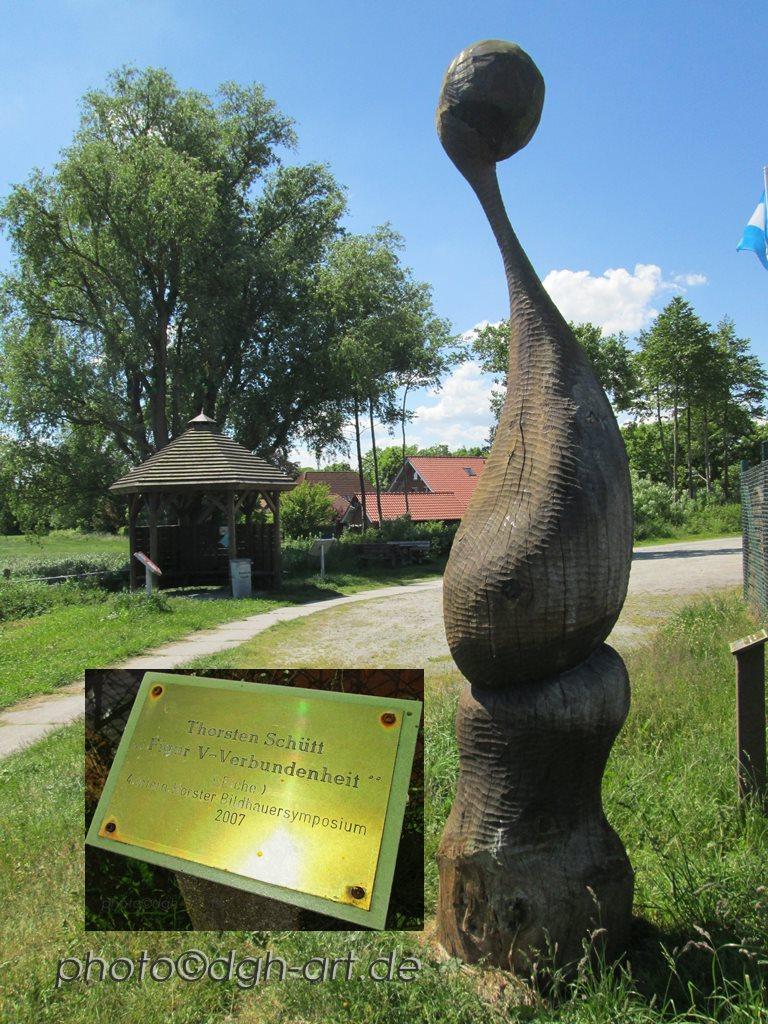 Skulptur V- Verbundenheit Thorsten Schütt1